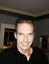 Travis 47 y.o. from USA