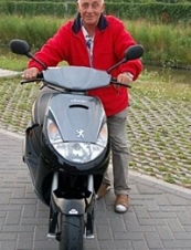 Cor 76 y.o. from Netherlands
