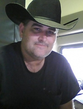 Joseph 52 y.o. from USA