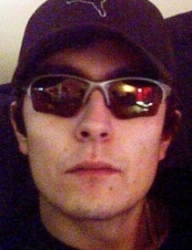 Peter 33 y.o. from Canada