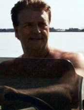 Victor 65 y.o. from USA